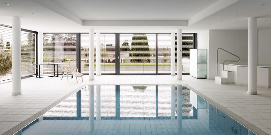 Mehrfamilienhaus-Kempfenhausen_Schwimmbad